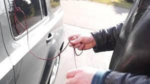 открыть машину без ключа
